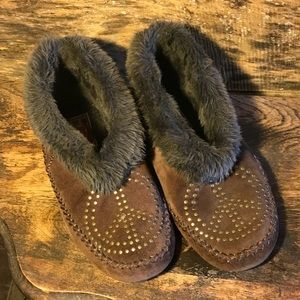 Lucky Brand Peace Sign Moccasins